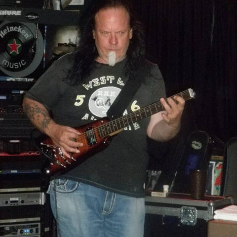 Rambler Travel Guitar played by Smokin' Joe Kubek