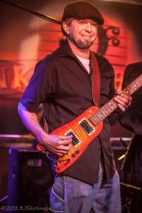 JP Soars picking a Rambler Travel Guitar (photo courtesy of Jay Skolink)