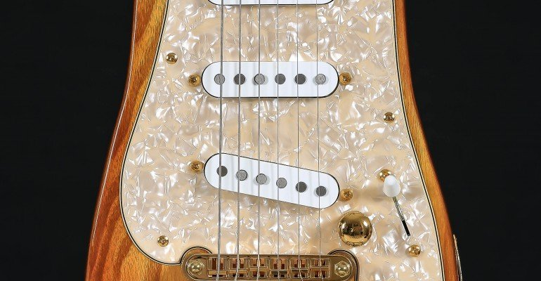 Honey STROBELCASTER Pickguard