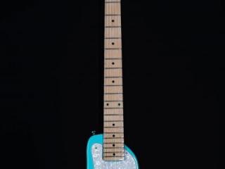 STROBELCASTER Plus Electric Travel Guitar - Daphne Blue