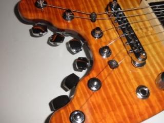 Rambler Travel Guitar, bridge and tuners